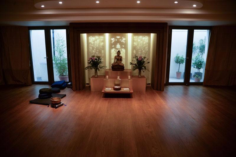 shrine-room2