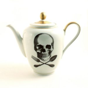 Skull teapot